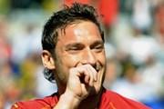 Totti sẽ ở lại AS Roma đến năm 2014