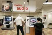 Người Australia vung tiền mua thiết bị điện tử