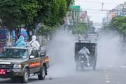 Hình ảnh quân đội phun hóa chất khử khuẩn, tiêu độc toàn bộ TP.HCM