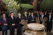 Hình ảnh Tổng Bí thư, Chủ tịch nước chúc Tết đêm 30 Tết Kỷ Hợi