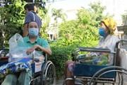 [Photo] Thành phố Hồ Chí Minh: Phiên chợ 0 đồng làm ấm lòng bệnh nhân