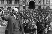 [Photo] Kỷ niệm 102 năm Cách mạng Tháng Mười Nga vĩ đại