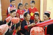 [Photo] Tuyên Quang: Nghề dệt, thêu tay truyền thống của đồng bào Dao