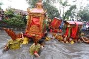 Độc đáo nghi lễ rước kiệu quay tại Lễ hội đền-chùa Phượng Vũ
