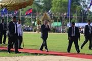 """Hình ảnh Quốc vương Campuchia chủ trì Quốc lễ """"Vua đi cày"""""""