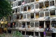 Nghệ An: Nhiều hộ dân quyết bám trụ chung cư xuống cấp không dời đi