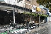 [Photo] Hà Nội: Cháy lớn thiêu rụi căn nhà số 8 Nguyễn Văn Huyên