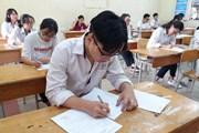Thí sinh bắt đầu làm bài thi THPT quốc gia môn Ngữ văn