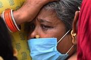 [Photo] Thêm những hình ảnh rơi nước mắt từ tâm dịch COVID-19 ở Ấn Độ