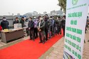 Người dân Thủ đô hào hứng tham quan đoàn tàu metro Nhổn-ga Hà Nội