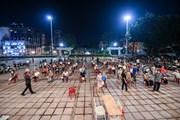 Hàng nghìn người dân Thủ đô đi tiêm vaccine ngay trong đêm
