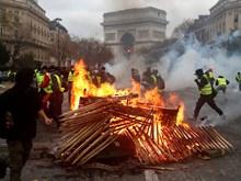 Paris tiếp tục hỗn loạn vì làn sóng biểu tình, nhiều người bị thương