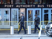 Châu Âu và Mỹ đối phó với 'mầm họa' khủng bố trực tiếp trong nước