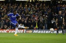 Costa, Remy chấn thương, Mourinho dùng ai đối đầu với M.U?