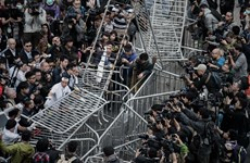 [Photo] Hong Kong: Căng thẳng tăng khi chính quyền giải tỏa lều trại