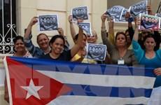 Dư luận thế giới ủng hộ Mỹ và Cuba bình thường hóa quan hệ