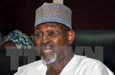 Tổng thống Nigeria bác bỏ vai trò trong việc lùi tổng tuyển cử