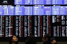 Chỉ số Nikkei lần đầu tiên trong gần 15 năm phá ngưỡng 19.000 điểm