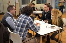 """Italy: 55% thanh niên kiếm được việc làm nhờ """"quen biết"""""""