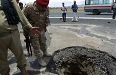 Liên quân Saudi Arabia oanh tạc sân bay quốc tế ở thủ đô Yemen