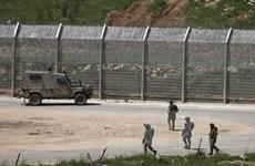 Israel thiết lập khu quân sự khép kín dọc biên giới với Syria