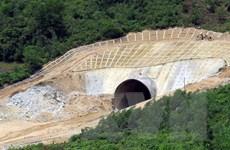 Cơ bản hoàn thành thi công hầm đường bộ Phước Tượng và Phú Gia