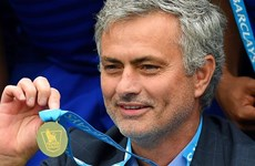 """Mourinho được """"thưởng nóng"""" trước giờ mở màn Premier League"""