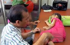 Bình Dương: Khởi tố cha dượng bạo hành cháu bé 3 tuổi vỡ đại tràng
