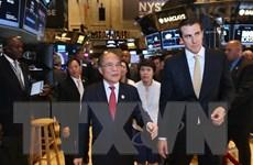 Chủ tịch Quốc hội Nguyễn Sinh Hùng thăm sàn chứng khoán New York