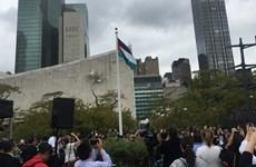 Lá cờ của Nhà nước Palestine lần đầu tung bay tại trụ sở LHQ