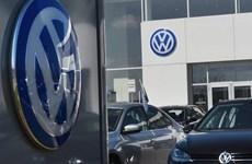 [Video] Cảnh sát Đức khám xét trụ sở Tập đoàn Volkswagen