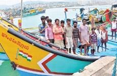 Hải quân Sri Lanka xua đuổi tàu cá, bắt giữ 24 ngư dân Ấn Độ