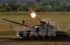 Putin: Phương Tây cạnh tranh không lành mạnh trên thị trường vũ khí