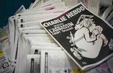 Charlie Hebdo bị chỉ trích vì số đặc biệt báng bổ Thượng đế