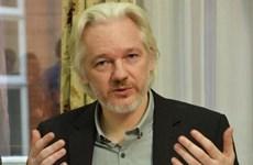 Ecuador cam kết hợp tác với Thụy Điển thẩm vấn Julian Assange