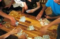 Đề xuất đình chỉ công tác Trưởng công an phường đánh bài tại cơ quan