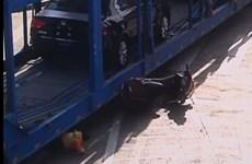 [Video] Xe container chạy ẩu cuốn bé gái 5 tuổi vào gầm
