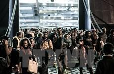 Hy Lạp triệt phá đường dây buôn người bằng máy bay tới Italy