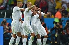 Vùi dập Hàn Quốc 4-2, Algeria chạm một tay vào lịch sử