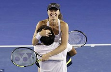 Cựu số một thế giới Martina Hingis trở lại đỉnh cao sau 9 năm