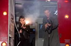 """""""Mẹ rồng"""" Emilia Clarke lột xác trong """"Terminator Genisys"""""""