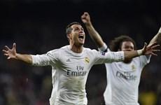 Ronaldo lập hat-trick giúp Real Madrid ngược dòng vào bán kết