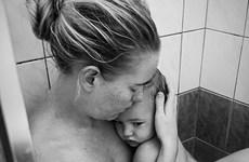 """Rung động trải nghiệm """"tồi tệ"""" mà phi thường giữa mẹ và con gái"""