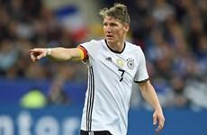 ĐT Đức hướng đến EURO 2016: Schweinsteiger phá kỷ lục của Lahm?