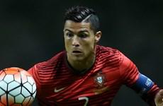 """Cristiano Ronaldo và Pepe bị chế nhạo là """"diễn viên siêu hạng"""""""