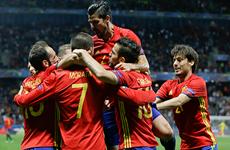 EURO 2016 đã xác định được ba đội tuyển giành vé vào vòng 1/8