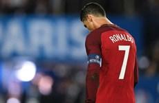 Ronaldo đá hỏng penalty, Bồ Đào Nha đối mặt nguy cơ bị loại