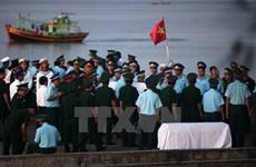 Thăng quân hàm Đại tá cho phi công SU30-MK2 Trần Quang Khải