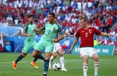 Cận cảnh pha đánh gót thành bàn đưa Ronaldo vào lịch sử EURO