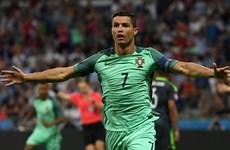 Ronaldo tỏa sáng đưa Bồ Đào Nha vào chung kết EURO 2016